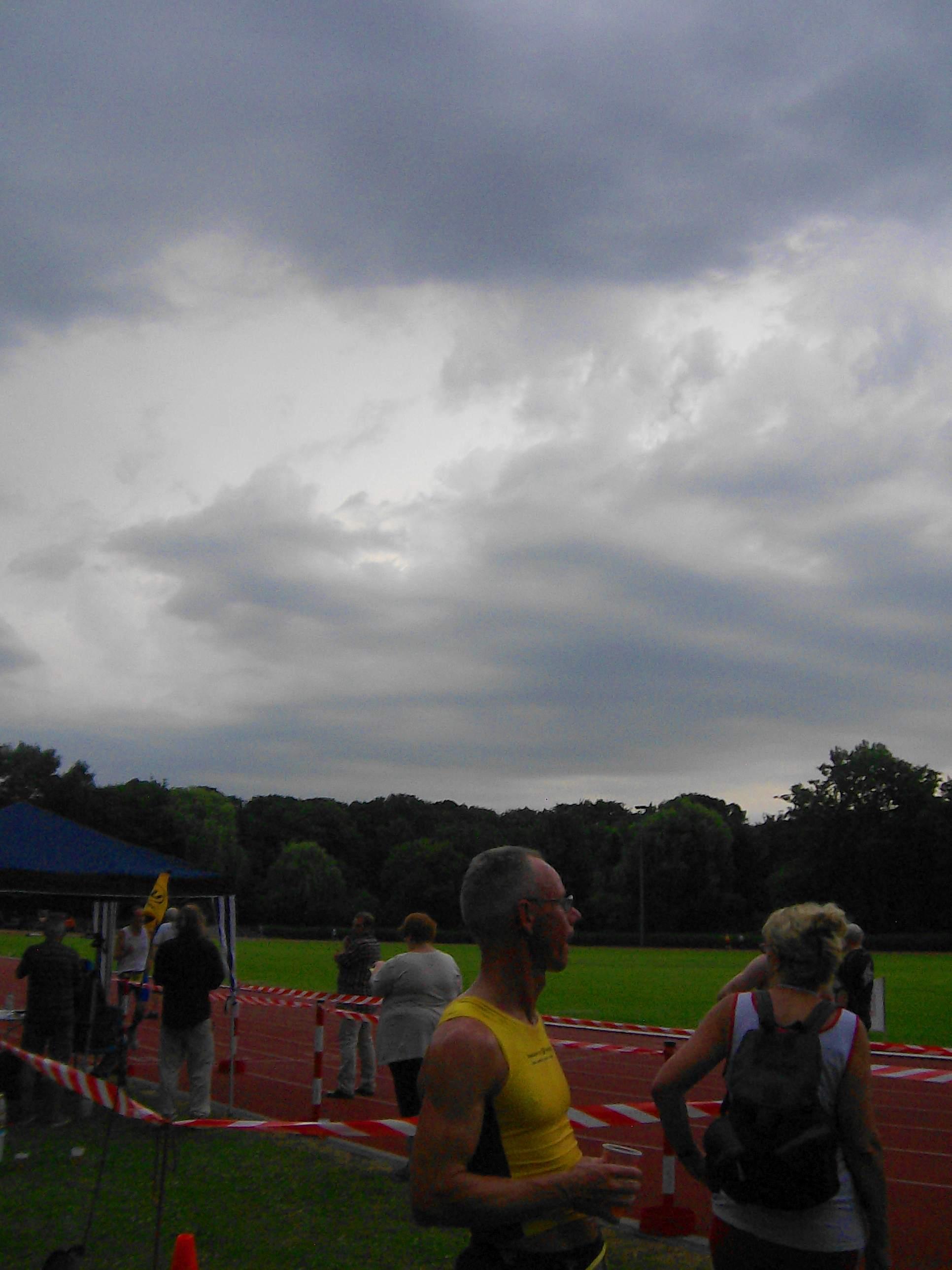 9. Hammer Park Lauf (BSV/HH): Gewitterwolken ziehen auf